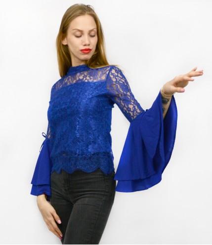 Блуза с ръкав камбана