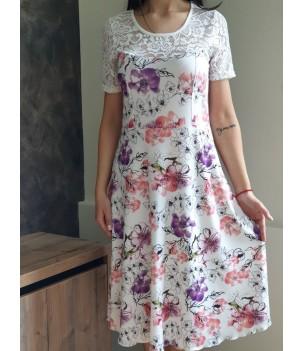 Перфектна  дамска рокля с дантела