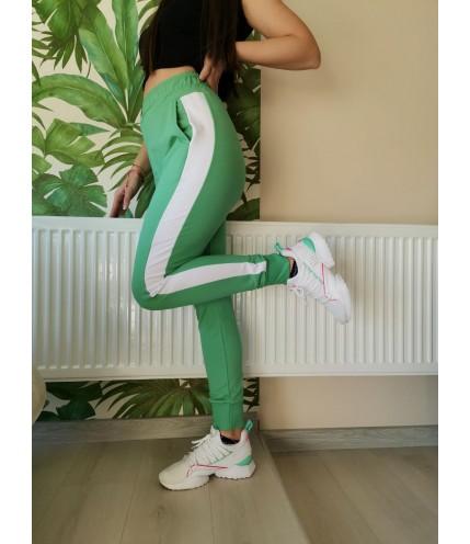 Макси дамско спортно долнище с ластик DH