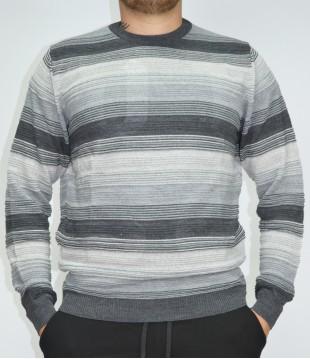 Мъжки пуловер на райета Българско производство